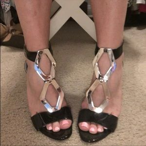 BCBGeneratiom sexy black and gold heels